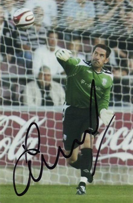 Scott Carson, West Brom, signed 6x4 inch photo.